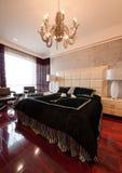 Camera da letto di lusso Fotografie Stock Libere da Diritti