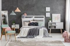 Camera da letto di torsione di colore di divertimento Fotografie Stock Libere da Diritti