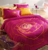 Camera da letto femminile Immagini Stock Libere da Diritti