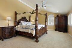 ... Libere da Diritti: Camera da letto matrice con le pareti dell oro