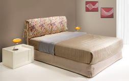 Camera da letto moderna Fotografia Stock Libera da Diritti