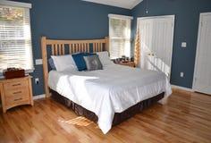 Camera da letto principale lussuosa Immagini Stock