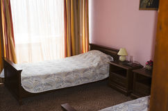 Camera da letto in una proprietà privata Immagine Stock