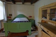 Camera da letto in villaggio della giumenta di Copsa, Romania Fotografie Stock Libere da Diritti