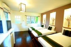 Camera degli ospiti della località di soggiorno Immagini Stock Libere da Diritti