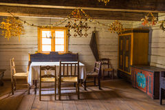 Camera degli ospiti nella vecchia casa dell'azienda agricola Fotografie Stock