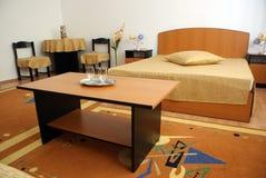 Camera di albergo piacevole Immagini Stock