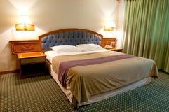 Camera di albergo semplice Immagine Stock