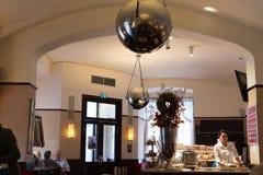 Camera di caffè tradizionale di Vienna Fotografie Stock