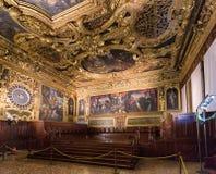 Camera di senato al palazzo del ` s del doge, Venezia Immagini Stock