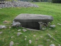 Camera di sepoltura e cairn a Largie basso, Kilmartin, Scozia, Regno Unito Immagini Stock Libere da Diritti