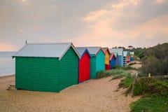 Camera di spiaggia variopinta a Brighton Beach, Melbourne fotografie stock