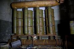 Camera di ventilazione in bunker sovietico abbandonato Attrezzatura arrugginita di ventilazione del filtro Immagini Stock Libere da Diritti