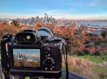 Camera die de stad van Seattle in Washington schieten stock afbeelding