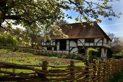 Camera e giardino di Tudor Immagini Stock Libere da Diritti
