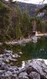 Camera e lago nella foresta della Baviera Fotografia Stock