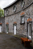 Camera e via in Kilkenny Immagini Stock