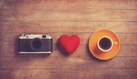 Camera, hart en kop Royalty-vrije Stock Afbeelding