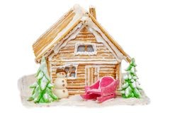 Camera leggiadramente di Natale dai biscotti e dallo zucchero su un fondo bianco immagine stock libera da diritti