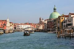 Camera moving above Grand canal in Venice. Near Rialto Bridge. Stock Images