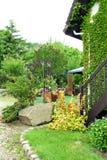Camera nel giardino Fotografia Stock Libera da Diritti