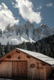 Camera nelle dolomia Festa nella stazione sciistica dell'Italia del Nord Giro alle dolomia Immagini Stock