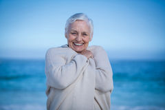 camera senior smiling woman Στοκ φωτογραφία με δικαίωμα ελεύθερης χρήσης