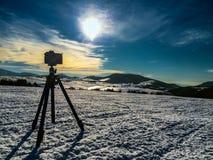 Camera shooting mountin landscape Royalty Free Stock Photos