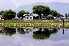 Camera sul lago Immagine Stock Libera da Diritti