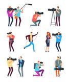 Cameraman del periodista La gente hace la difusión de TV Videographers con la cámara y los periodistas con los micrófonos Equipo  libre illustration