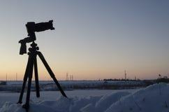 Camerasilhouet bij dageraad Royalty-vrije Stock Foto's