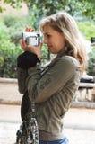 camerawoman στοκ εικόνα με δικαίωμα ελεύθερης χρήσης