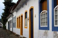 Camere in città storica di Paraty fotografia stock