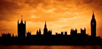 Camere del Parlamento al tramonto Immagine Stock Libera da Diritti