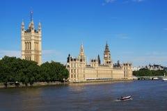 Camere del Parlamento e di Tamigi Immagine Stock Libera da Diritti
