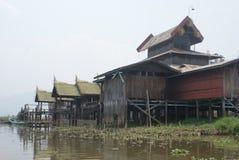 Camere del trampolo sul lago Inle nel Myanmar Fotografia Stock Libera da Diritti