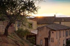 Camere dello stucco di Hillside nel Rossiglione Francia al tramonto Fotografia Stock