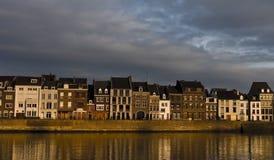 Camere di Maastricht al tramonto Fotografie Stock Libere da Diritti