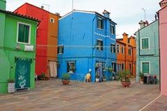Camere e cortile, Burano, Venezia, Italia Fotografia Stock Libera da Diritti