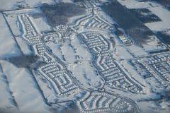 Camere ricoperte con neve immagine stock