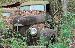 Camión abandonado del pedazo Imagen de archivo