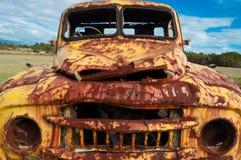 Camión amarillo viejo foto de archivo libre de regalías