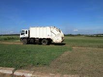 Camión de basura Fotos de archivo libres de regalías
