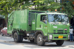 Camión de basura Imágenes de archivo libres de regalías