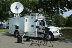 Camión de CNN en el frente del centro nacional del tenis Foto de archivo