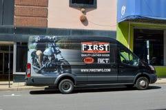 Camión de cuero de las mercancías imágenes de archivo libres de regalías