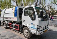 Camión de la colección de basura en el cuadrado de Tienanmen, Pekín China Imagenes de archivo