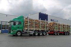 Camión de la madera de V8 del euro 6 de Scania R730 Imagen de archivo