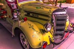 Camión 1942 de Mack imagen de archivo