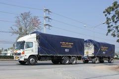Camión de remolque del cargo de Rungthip Asia Transport Company Imagen de archivo